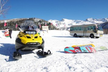 8 Great Places to Ride a Snowmobile