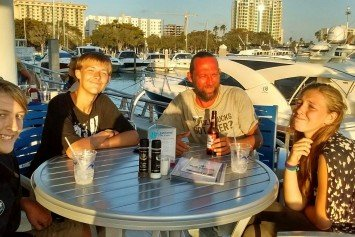 Crews Continue Search for Sailing Family Lost at Sea