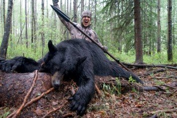 Hunter that Spears Bear on Video Draws Questions of Ethics