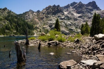 Hiking the Sierra Buttes Lookout Trail