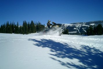 5 Incredible Places to Ride Your Snowmachine in the Lower 48