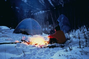 10 Ways to Stay Warm While Winter Camping