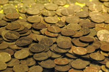 Judge Orders Famed Treasure Hunter to Answer Questions About Missing Gold Coins